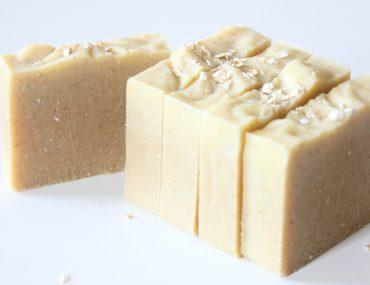 recette-savon-saponifie-a-froid-avoine-amande-miel
